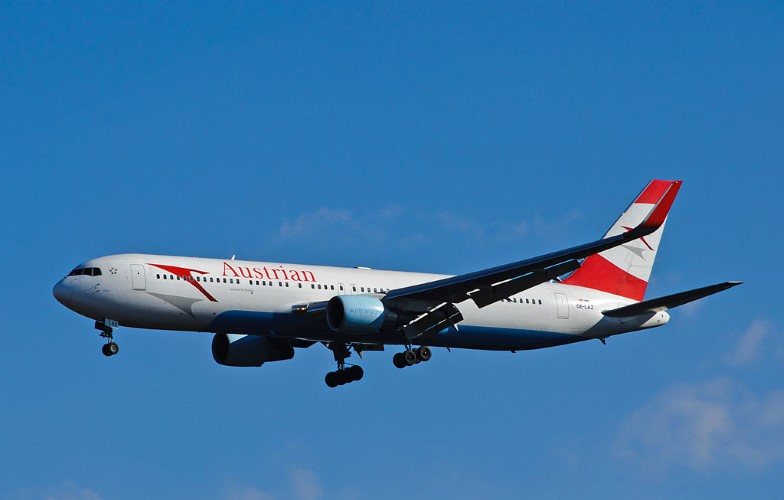 Авион на релацији Беч – Приштина принудно слетео на београдски аеродром