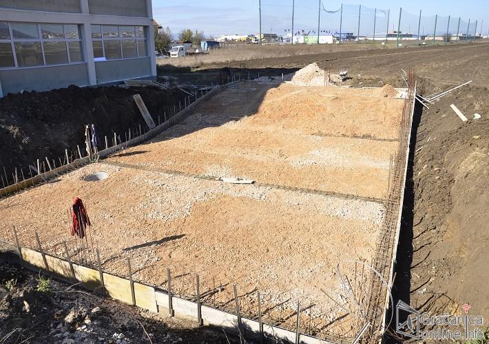 Гради се амфитеатар у Лапљем Селу