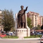Косовска Митровица: Новчана помоћ за 8 социјално угрожених породица са КиМ