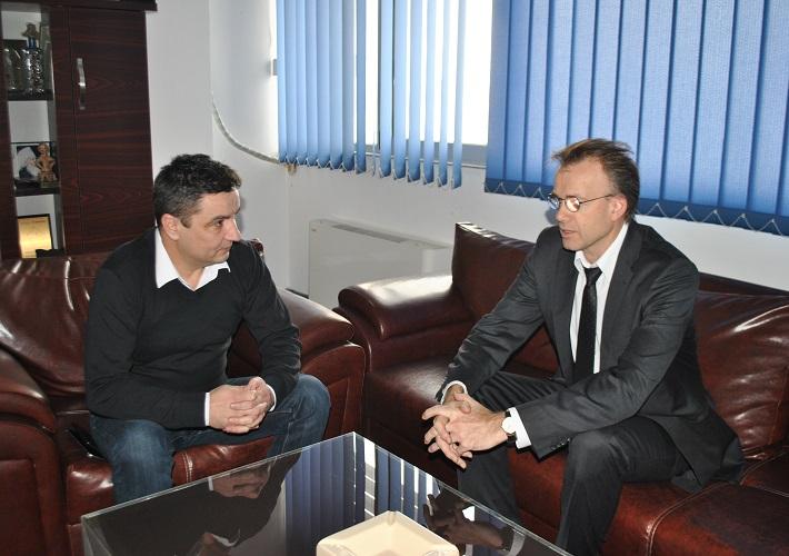 Амбасада Краљевине Норвешке наставља да подржава рад општине Грачаница