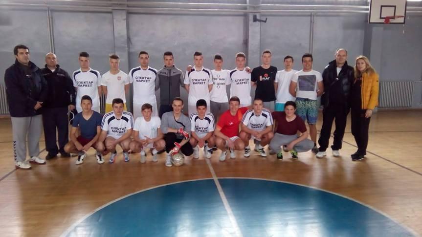 Екипа Електротехничке школе најбоља у малом фудбалу