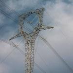 Ветар узрокује честе нестанке струје у појединим местима наше оптшине