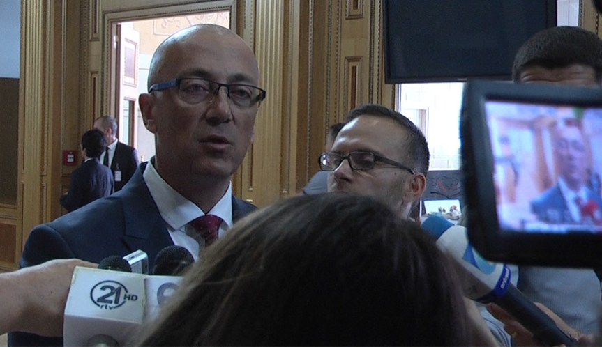 Ракић са генералном КФОРА о безбедносној ситуацији