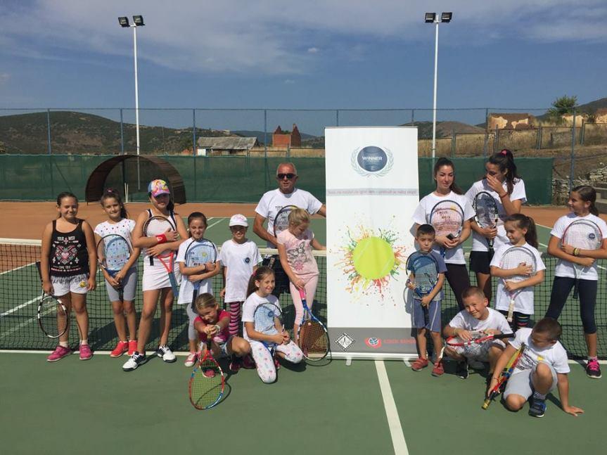 Одржан тениски камп у Грачаници