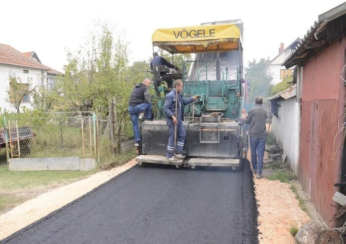 Уређење улица у Угљару, Преоцу, Грачаници
