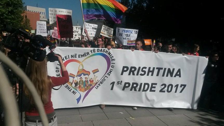 """U Prištini Parada ponosa, pod sloganom """"U ime ljubavi"""""""
