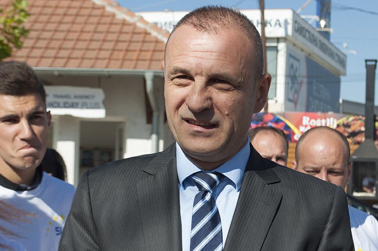 Slobodan Petrović podneo ostavku, stranka u političkom moratorijumu