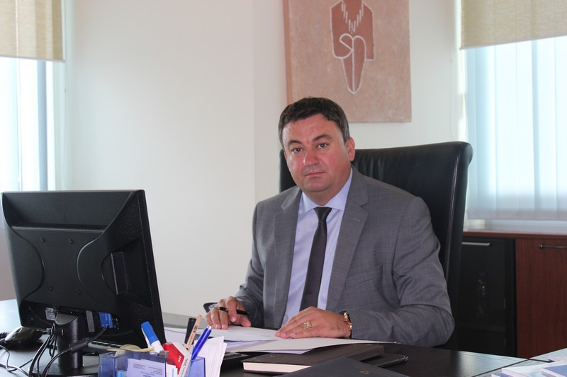 Божићна честитка министра Тодосијевића