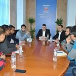 Поповић са представницима ромских организација: Стратегијом решавати проблеме