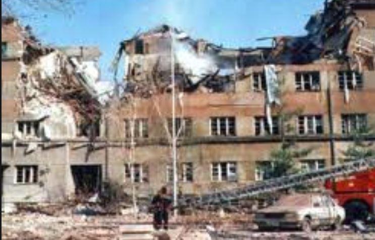 Грачаница, парастос и паљење свећа на годишњицу НАТО агресије