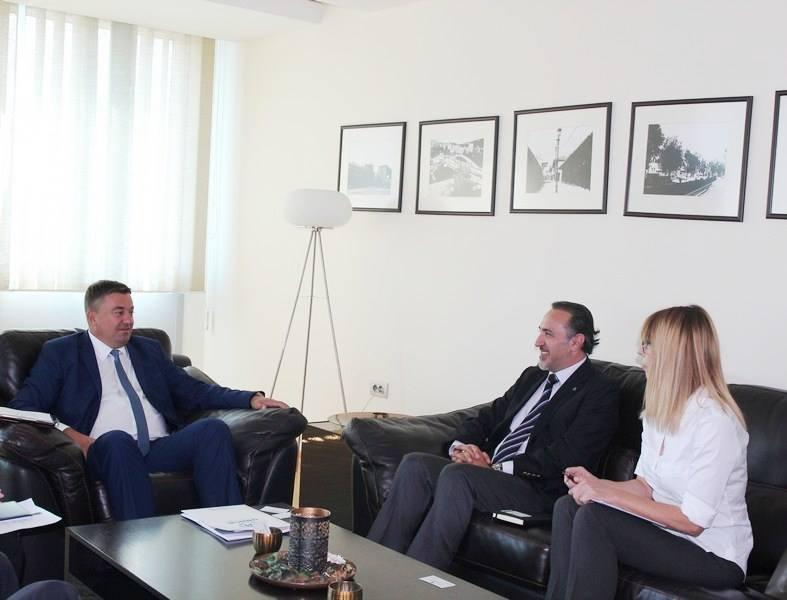 Сарадња Министарсва администрације и локалне самоуправе Косова и мисије УНХЦР-а