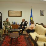 Косовски министар унутрашњих послова разговарао о безбедности са главнокомандујућим КФОР-а на Косову