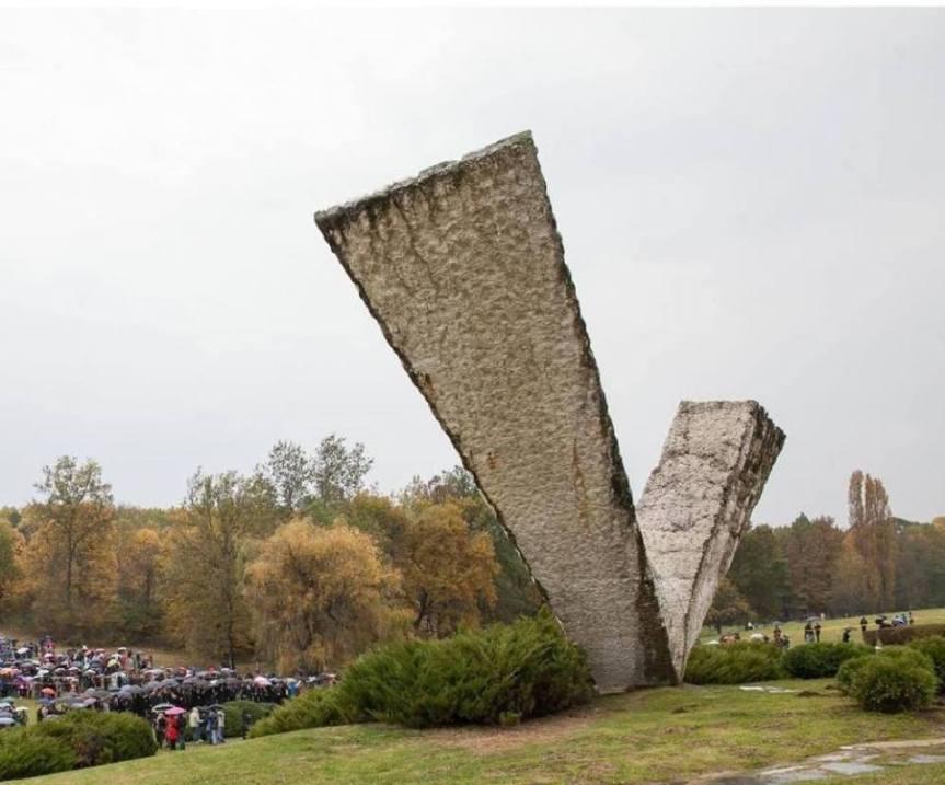 """""""Крвава бајка"""" подсећање на злочин Немачке у Другом светском рату"""