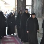 Kosovske institucije prete deportacijom našim monasima i monahinjama