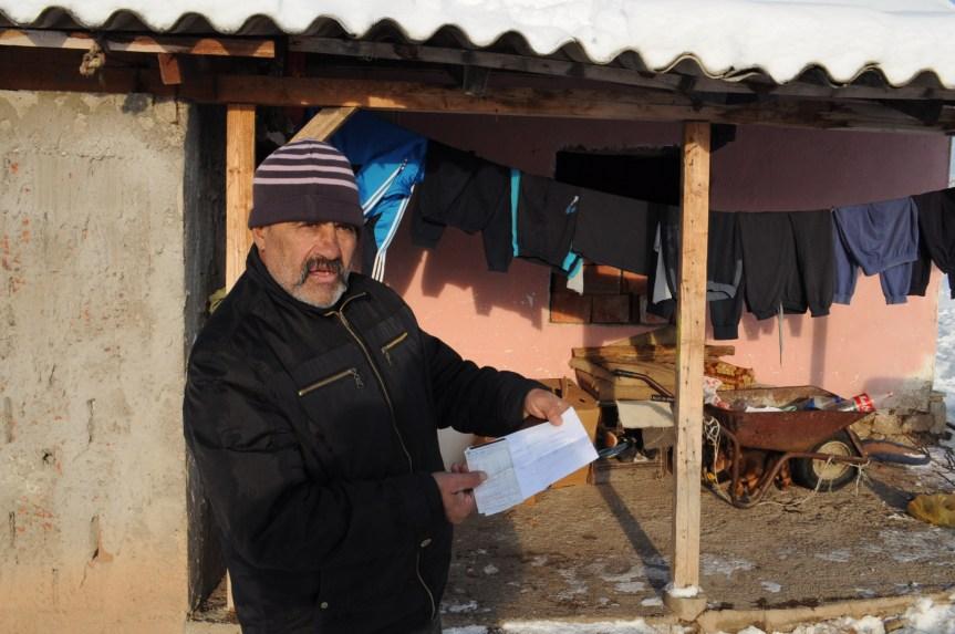 Грачаница: Због пада бандере четворочлана ромска породица готово месец дана без струје