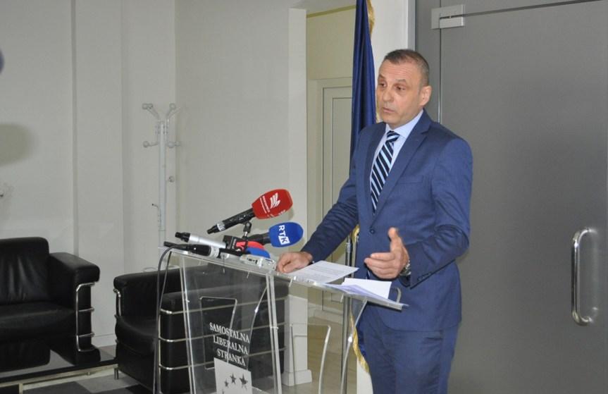 Петровић: Именовањем министра из наших редова исправљена велика неправда нанета Самосталној либералној странци.