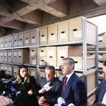 Весељи обишао место где се чувају остаци страдалих Албанаца и обећао изградњи Маузолеја