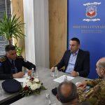 Председник општине Грачаница са полицијом и КФОР-ом о безбедности