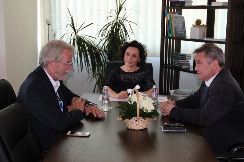 Сусрет заменика Трана и косовске министарке за Локалну самоуправу Адријане Хоџић