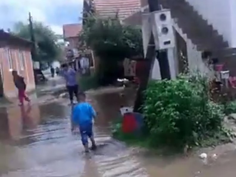 Поплављено ромско насеље у Преоцу