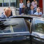 """""""Карта"""" избора, у рукама косовског председника"""