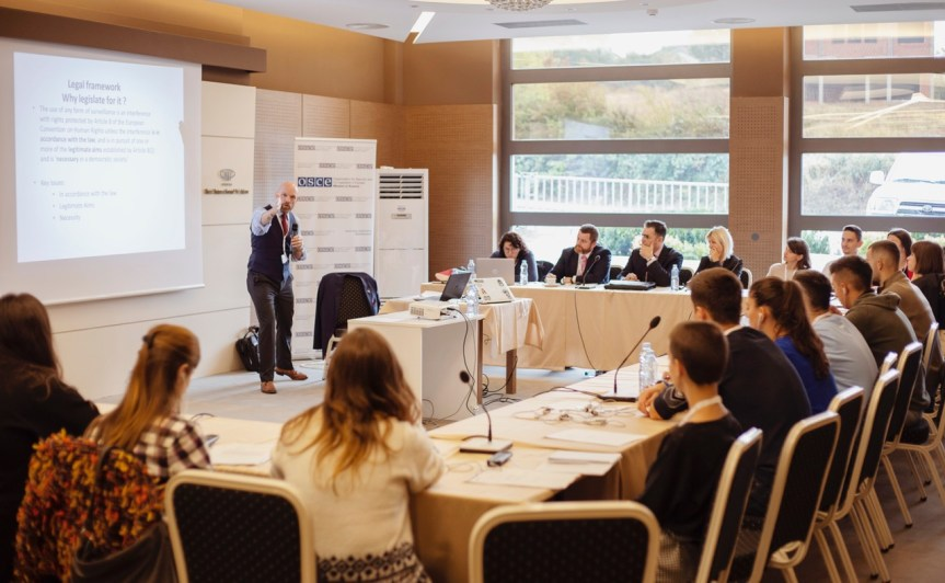 Мисија ОЕБС-а на Косову завршила своју прву Академију омладинског форума