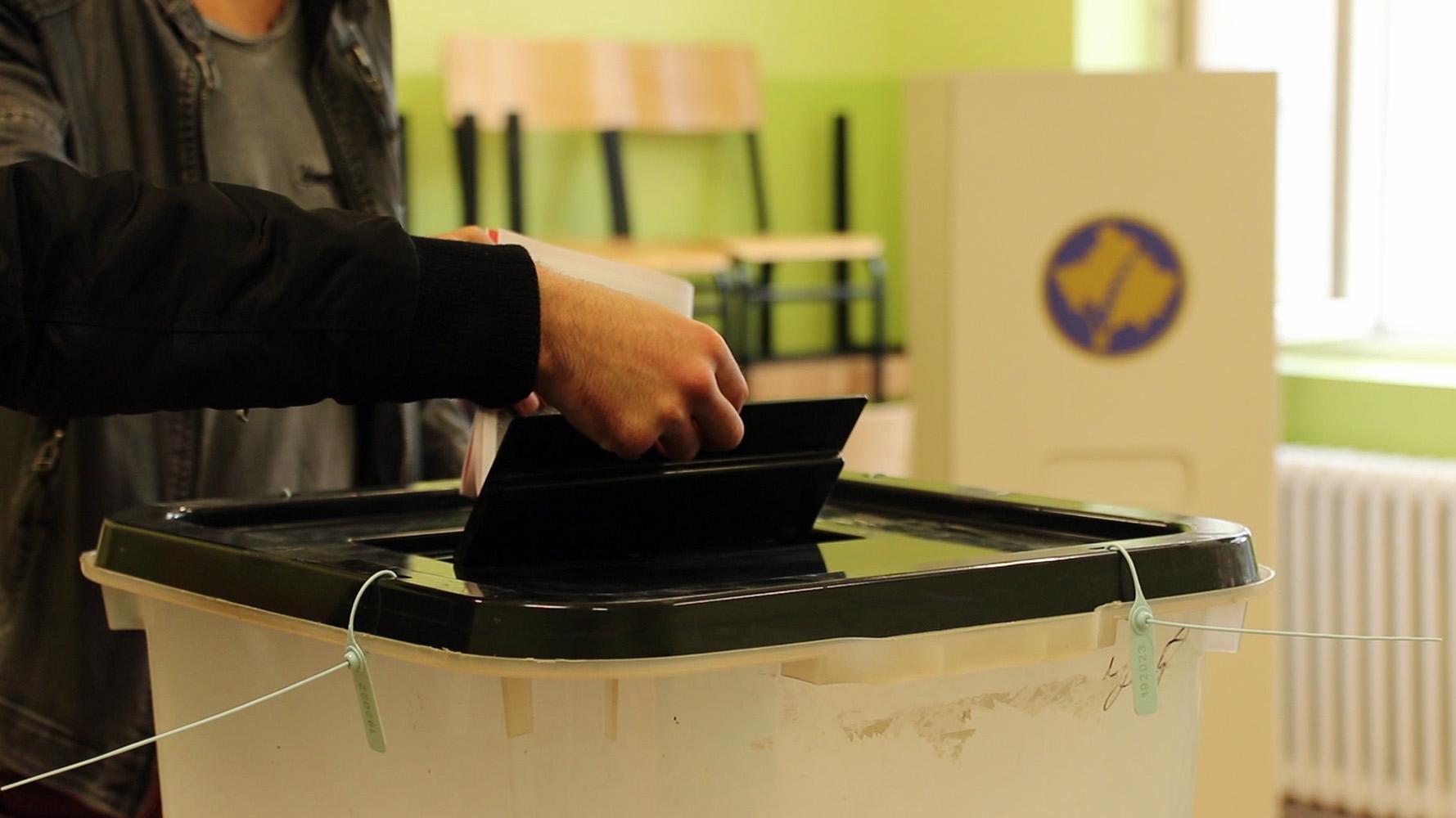 У Северној Митровици и Подујеву на дан избора продужено кретање до 21 час
