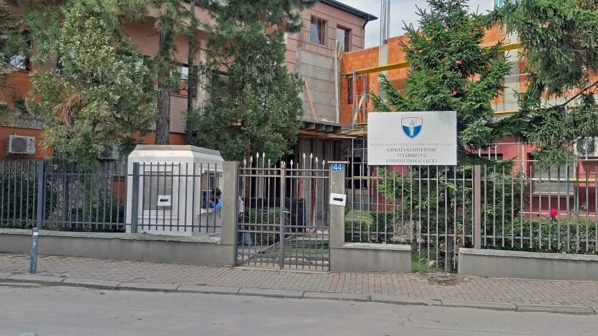 Уставни суд: Мера косовске владе о ограничењу кретања противуставна, укинути је до 13. априла