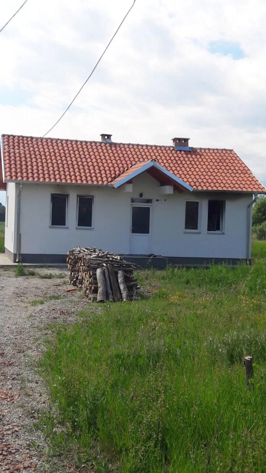 Запаљена кућа у Беркову код Клине