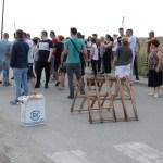 Мештани Сушице и Бадовца блокирали пут, протестујући због недостатка воде
