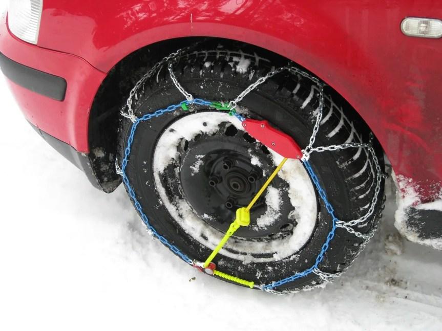 Од сутра обавезна зимска опрема за аутомобиле