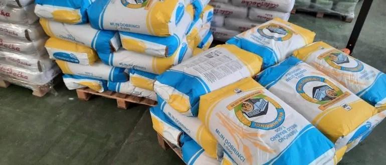 """Удружење """"Шиљкан"""" донирало 1.000 кг брашна народној кухињи у Прековцу"""