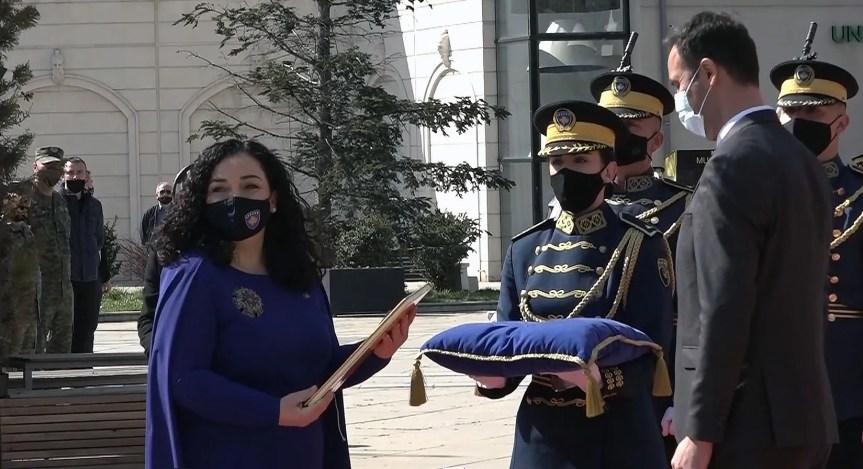 Вјоса Османи Садриу званично преузела функцију председника Косова