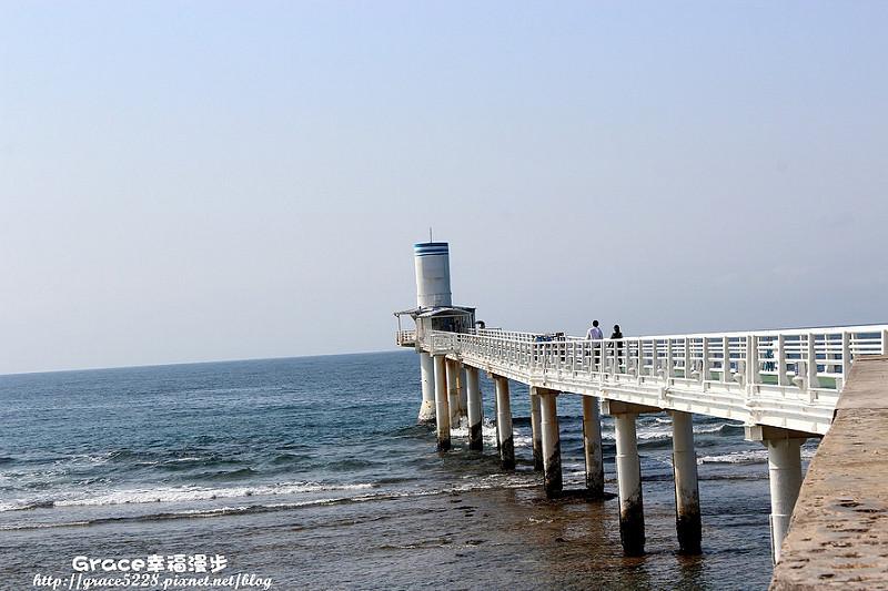 沖繩海中展望塔 日本沖繩 海中展望塔可以看到海中四米的海底美景
