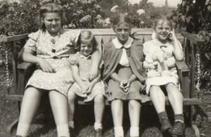 Four Jones Sisters