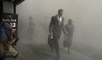 9-11-fleeing-people