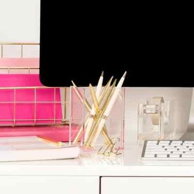 conquer desk clutter