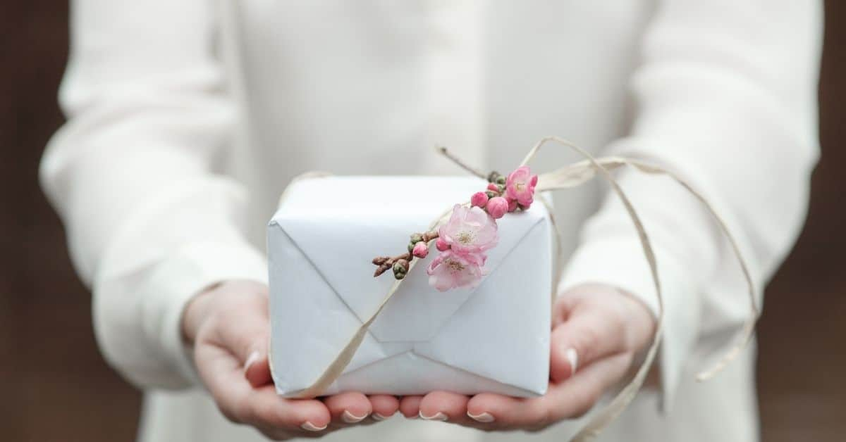 Ideas of What to Give to a Single Mom on Mother's Day