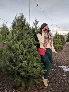 cozy holiday outfit Christmas tree farm