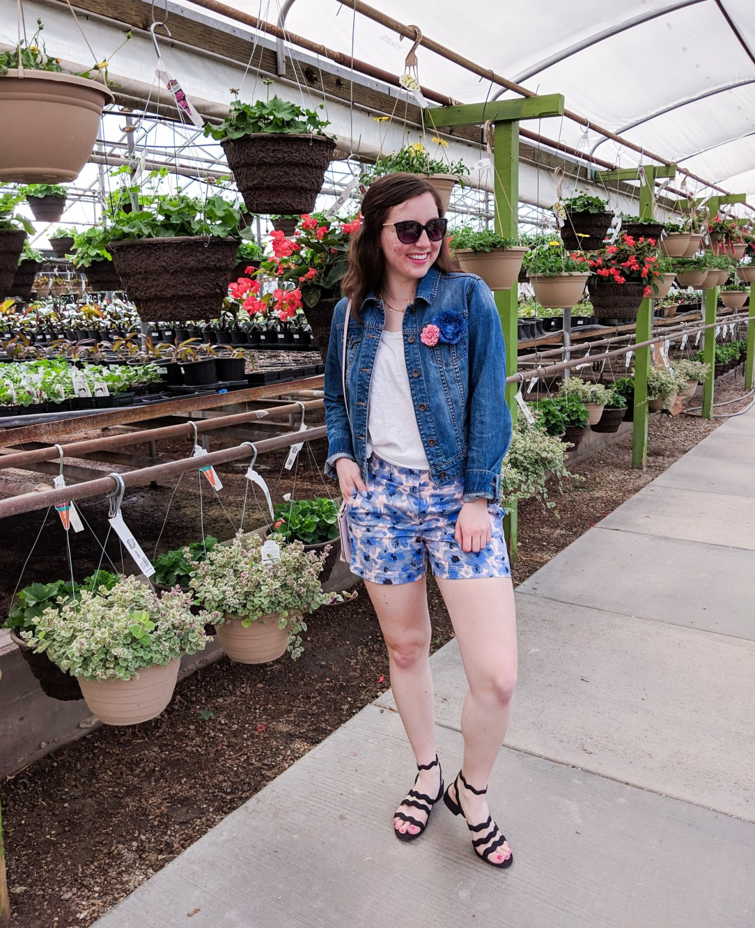 spring outfit, white tee, denim jacket, Loft shorts, greenhouse photos, spring fashion