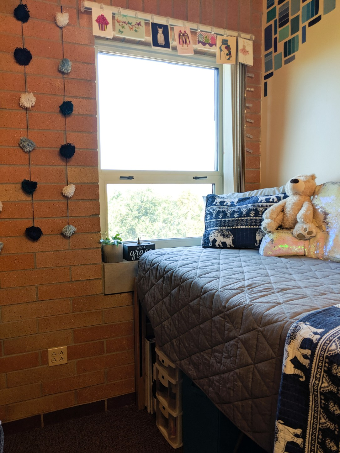 dorm makeover, twinkle lights, bedding