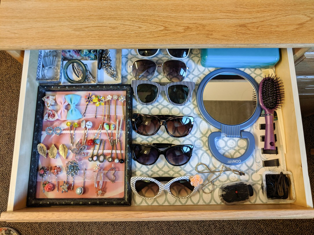 accessory drawer, sunglasses organization, hair accessories