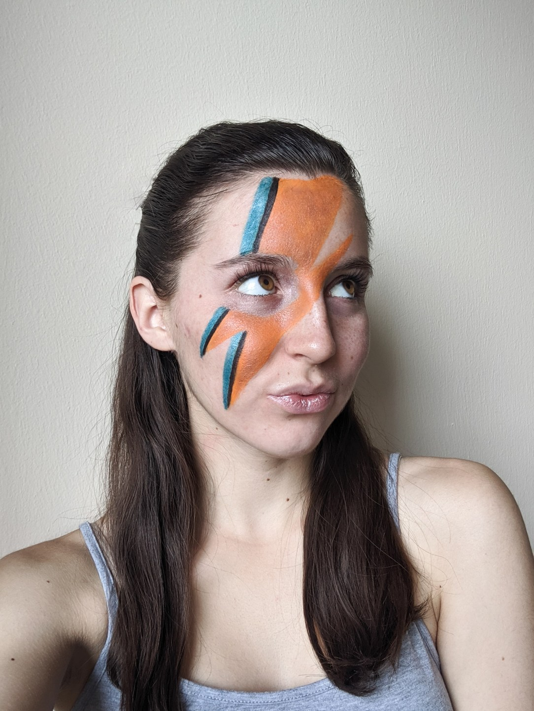 face paint, lightning bolt, Ziggy Stardust