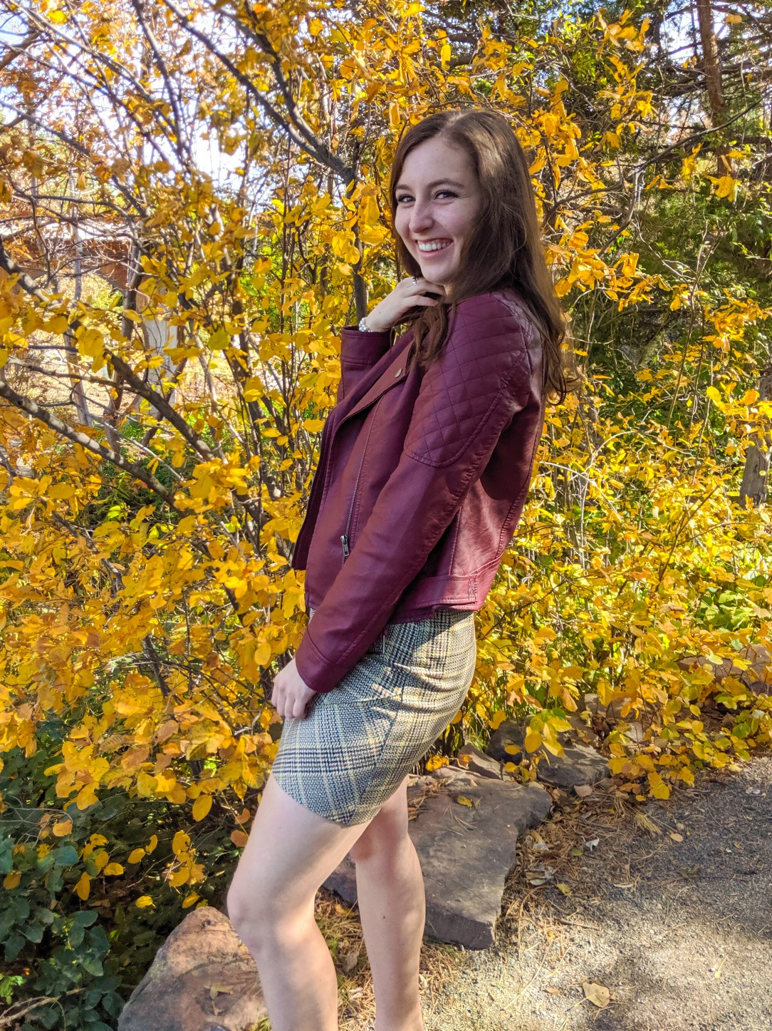 stylish fall outfit, plaid skirt, Cabi clothing