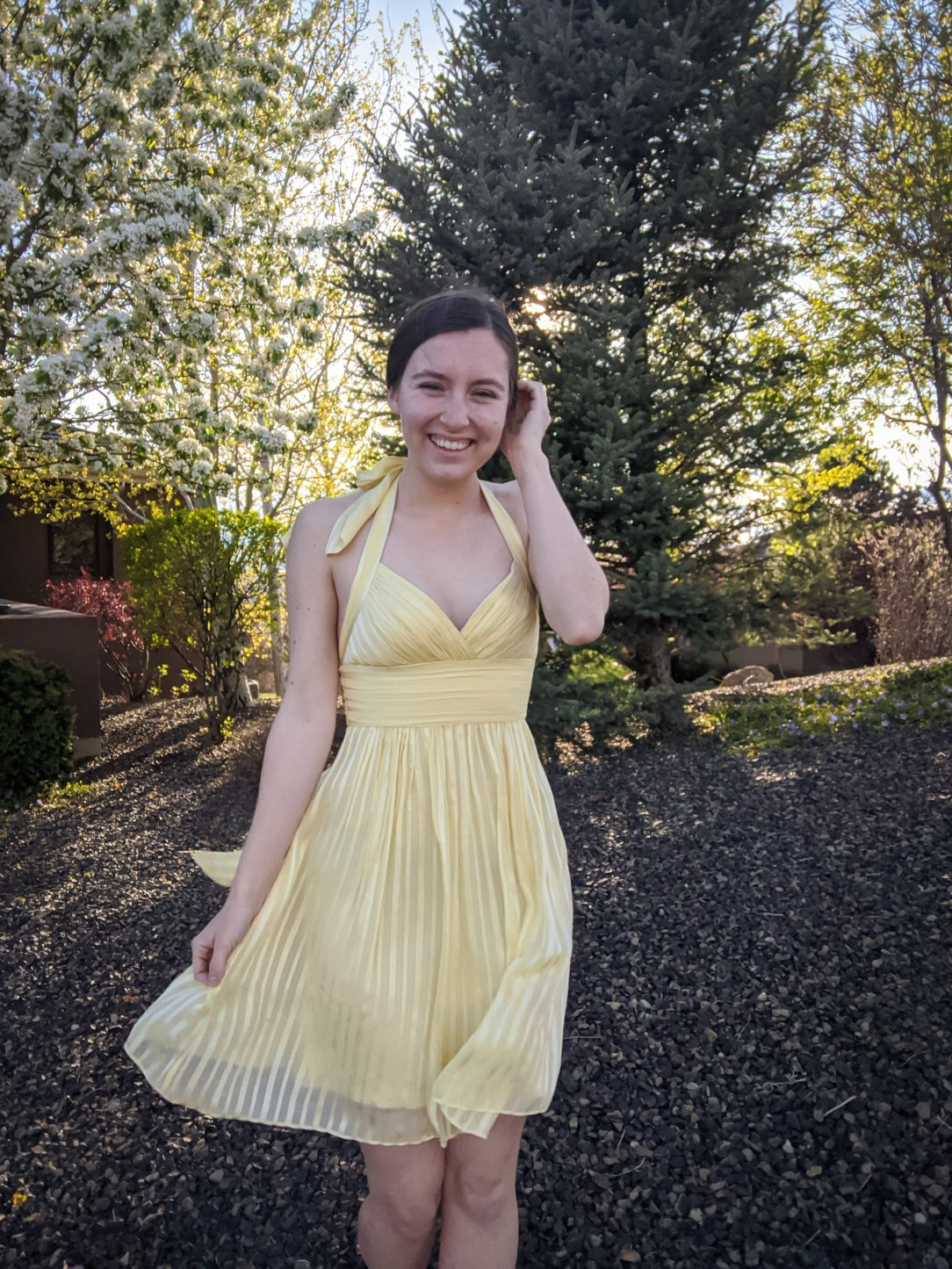 Marilyn Monroe dress, yellow dress, BCBG Max Azria dress, thrift shopping
