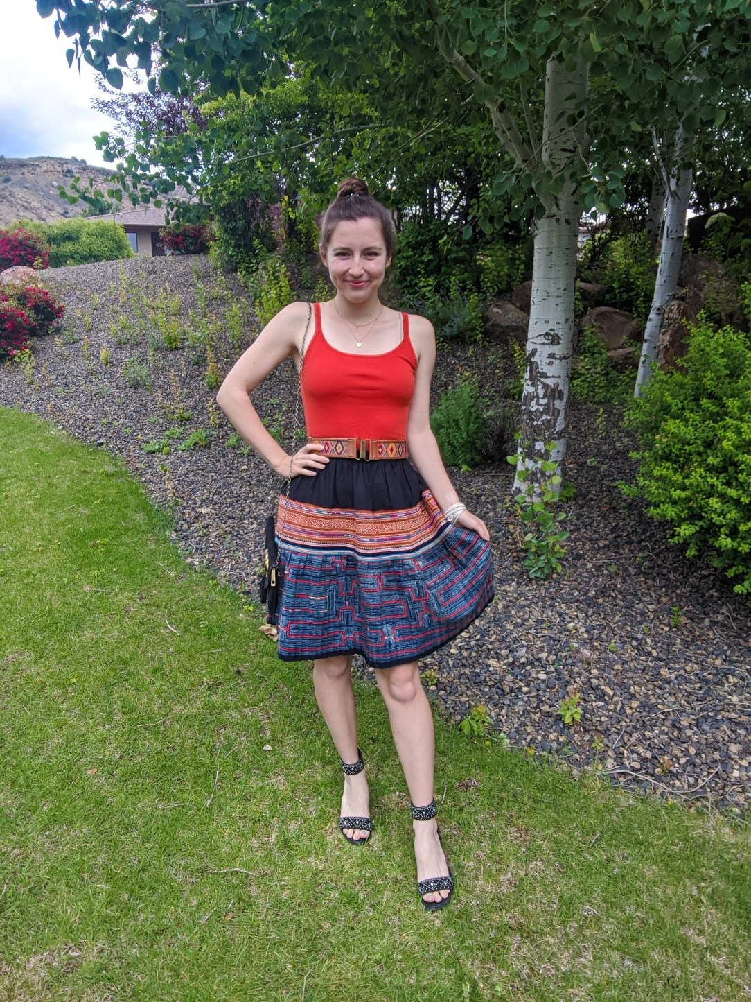 patterned-skirt-boho-style-summer-outfit