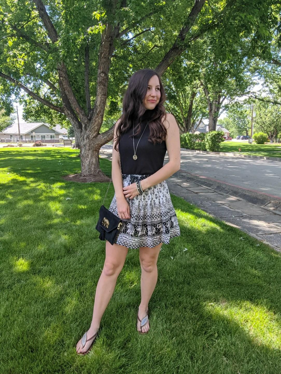 summer-outfit-boho-style-elephant-patterned-skirt