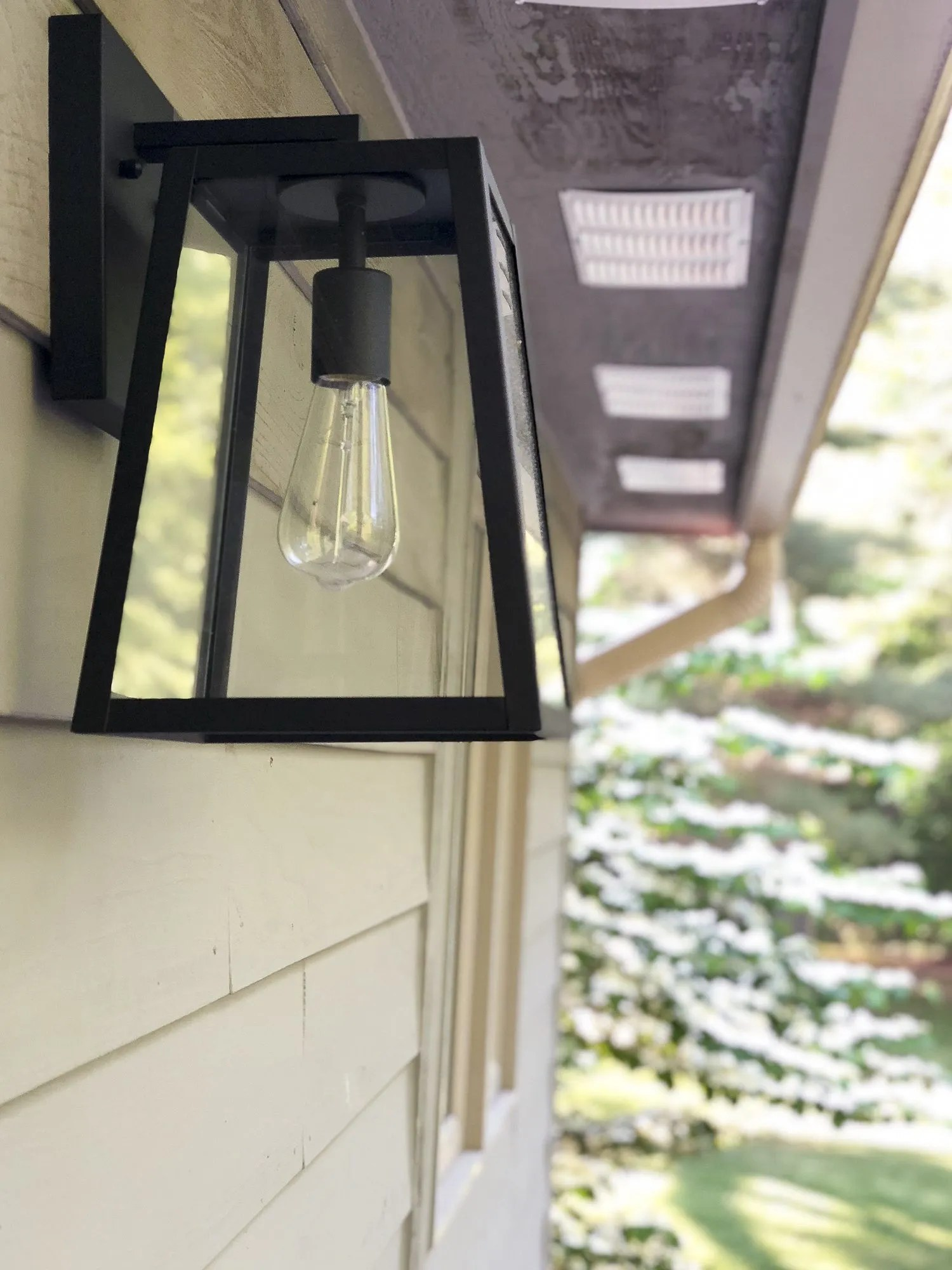 modern farmhouse outdoor lighting