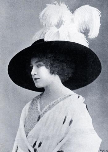 Margurite Carre, star of La Forfaiture