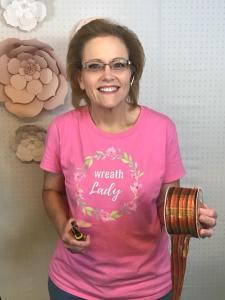 wreath lady shirt